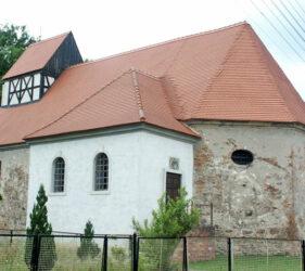 Kirche Bornsdorf, außen
