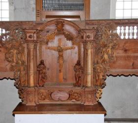 Kirche Egsdorf, Altar und Ostempore