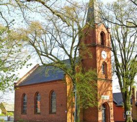 Kirche Freiwalde, außen