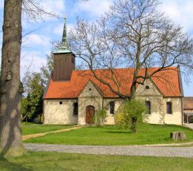 Kirche Görlsdorf, außen