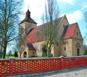 Kirche Groß Leine, außen