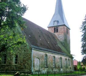 Kirche Kasel-Golzig, außen