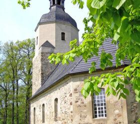 Kirche Krossen, außen
