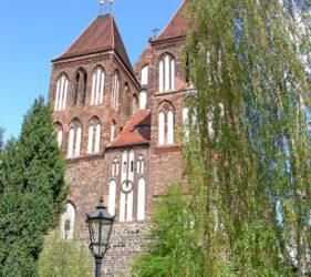 St. Nikolai Luckau, außen