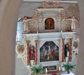 Kirche Paserin, Altar