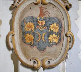 Kirche Pitschen-Pickel, Wappentafel