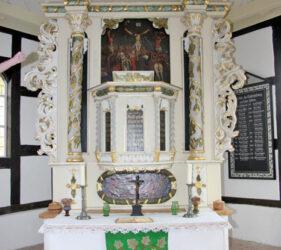 Kirche Rietzneuendorf, Altar