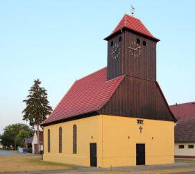 Kirche Schönwalde, außen
