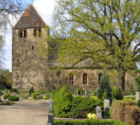 Kirche Stöbritz, außen