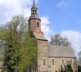 Kirche Uckro, außen