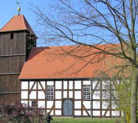 Kirche Waldow, außen