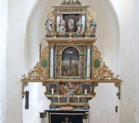 Kirche Waltersdorf, Altar