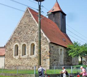 Kirche Wehnsdorf, außen